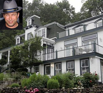 Stephen Baldwin Loses Home to Foreclosure