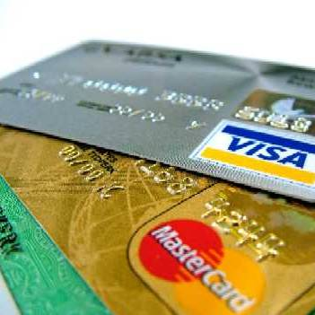 Average credit card debt over €1,300