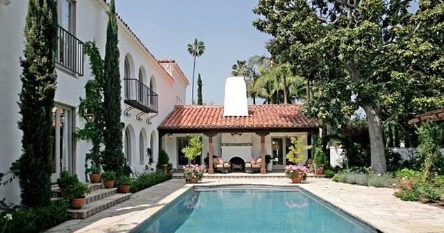 Frasier star forks out on Beverly Hills mansion