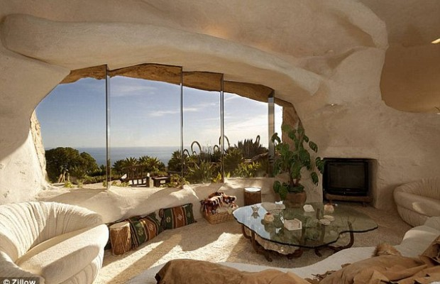 Live like the Flintstones in Malibu super-pad!