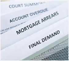 Slight fall in mortgage arrears