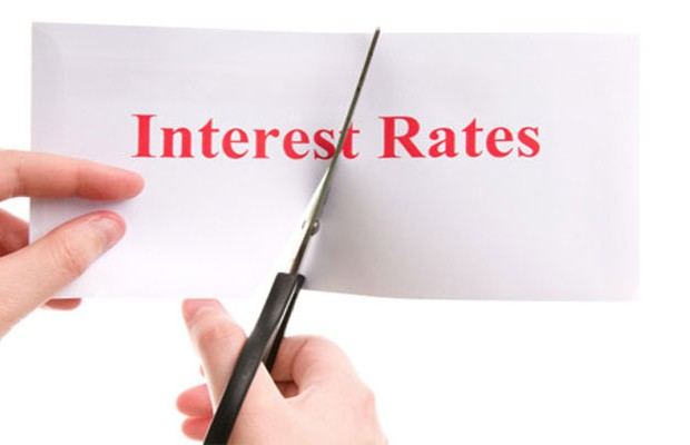 Banks cut their mortgage interest rates