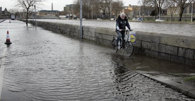 People with flooded properties should be exempt from property tax, insist Fianna Fáil and Sinn Féin