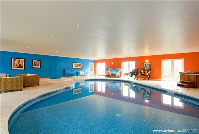 Five Of The Top Properties For Sale Right Now With Swimming Pools